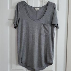 Aritzia Babaton Sami T-Shirt S Grey